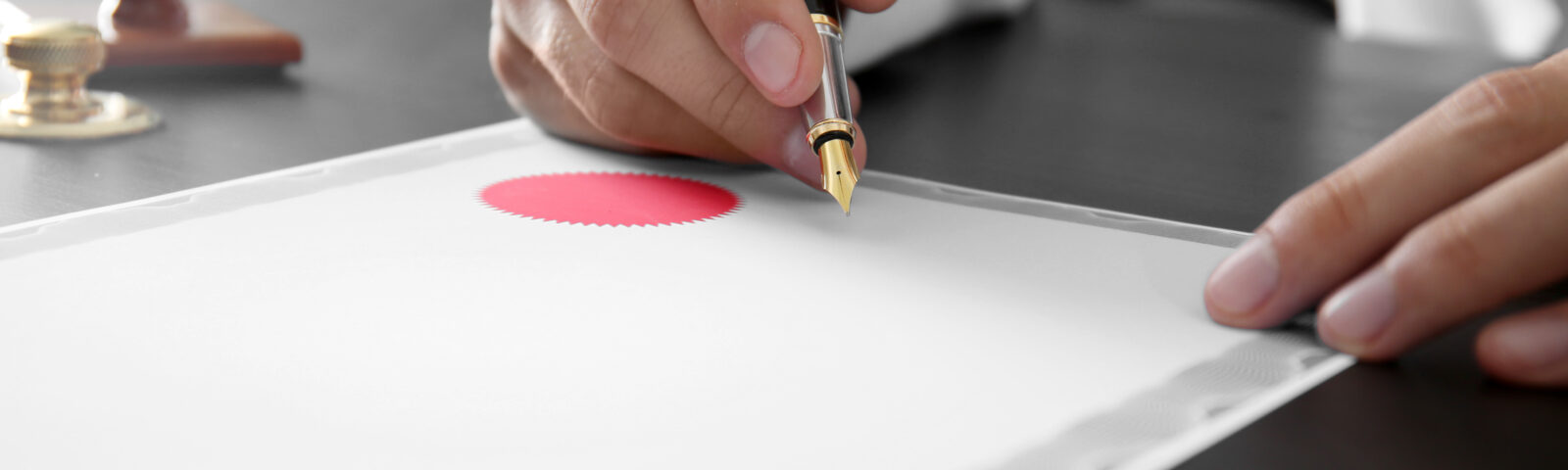 Where there is a will, there are relatives – on notarized wills and dementia